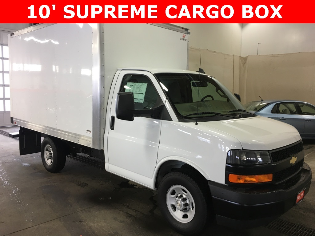 New 2018 Chevrolet Express 3500 10' SUPREME CARGO BOX