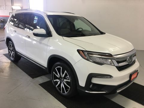 New 2021 Honda Pilot Touring With Navigation & AWD